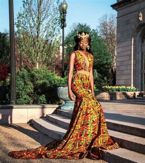 Beautiful #kente print gown . #zabbadesigns #