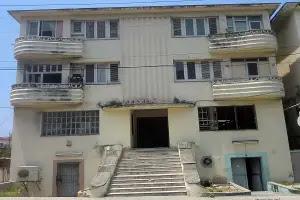 Edificio donde residia Madelín Bárbara Machado_foto de los autores