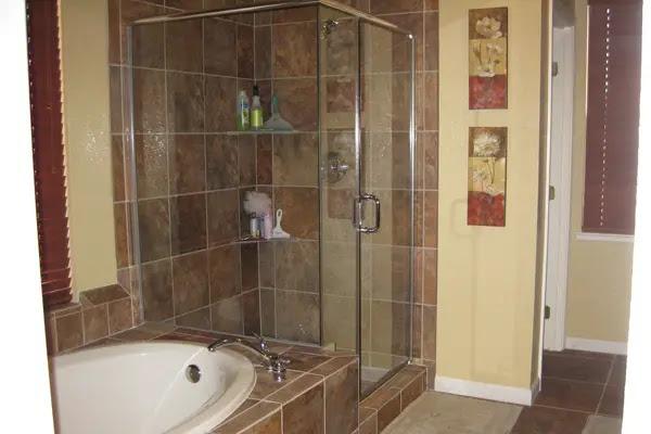 Remarkable Remodel Small Master Bathroom Ideas 600 x 400 · 86 kB · jpeg