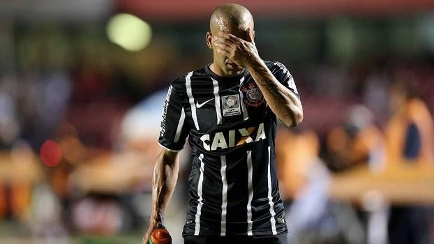 Emerson Sheik, após expulsão no clássico entre Corinthians e São Paulo na Libertadores