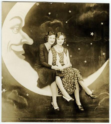 august moon spoon