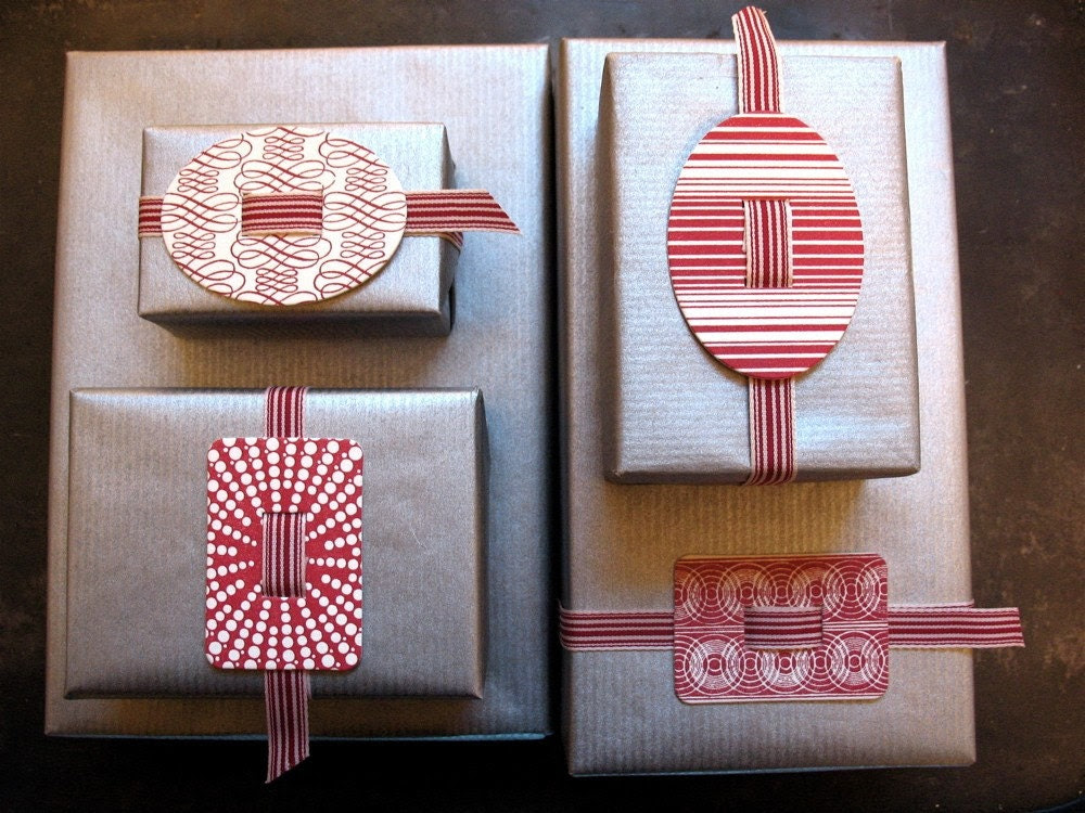 Small Red Stripe Oval Letterpress Buckle with Ribbon