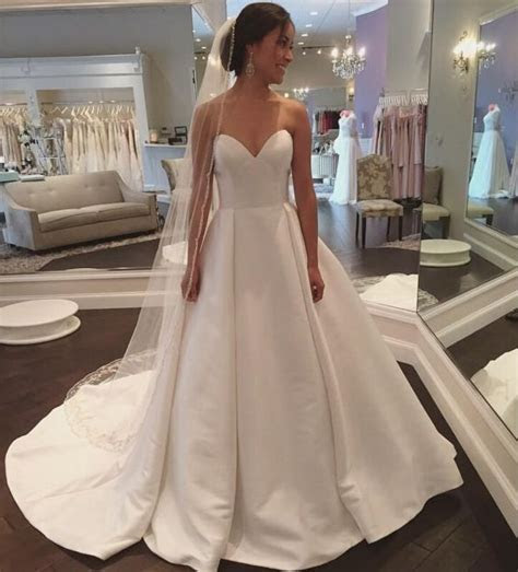 Best 25  Satin wedding gowns ideas on Pinterest   Shear