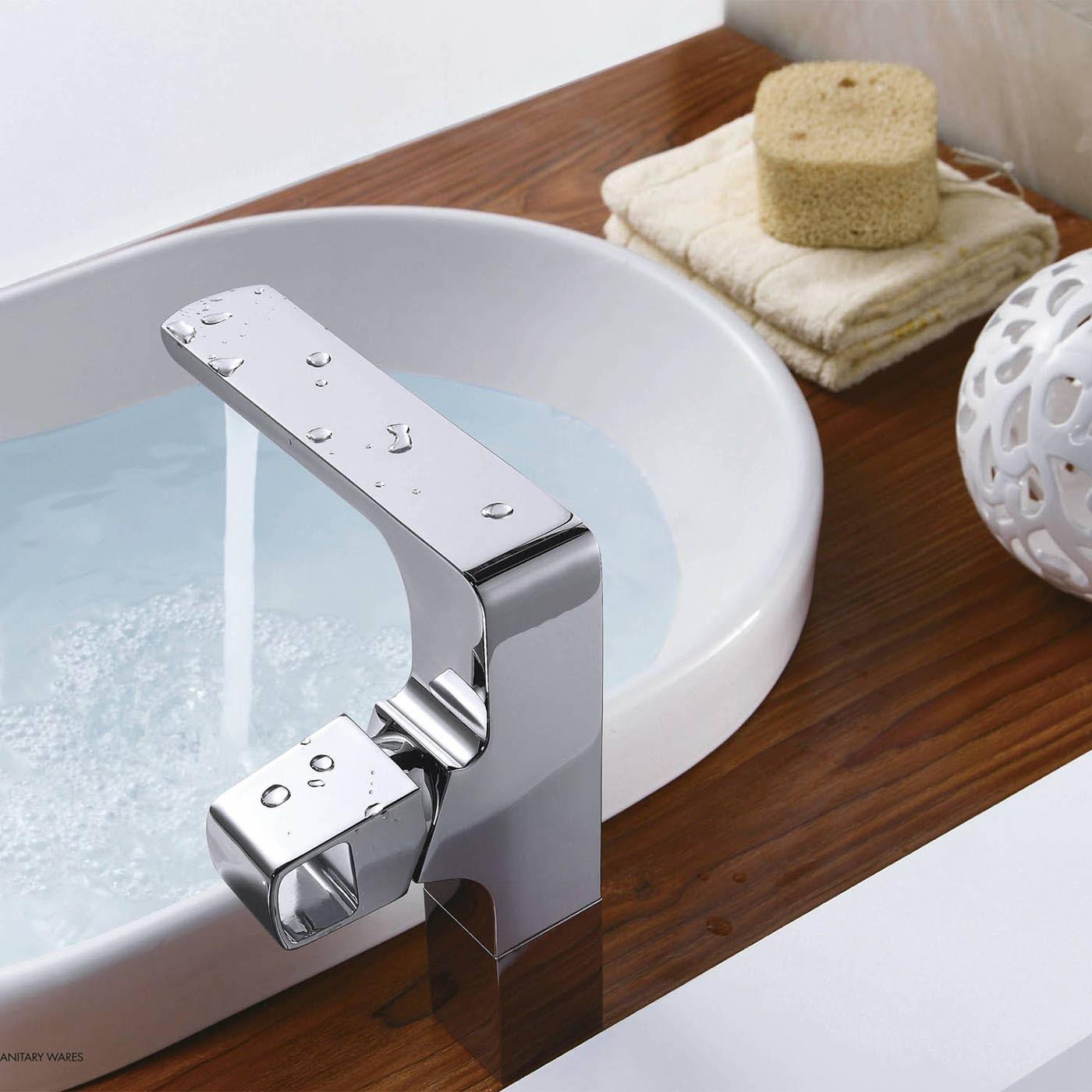 CBI Hestia Single Hole Bathroom Faucet in Chrome CL JDL on
