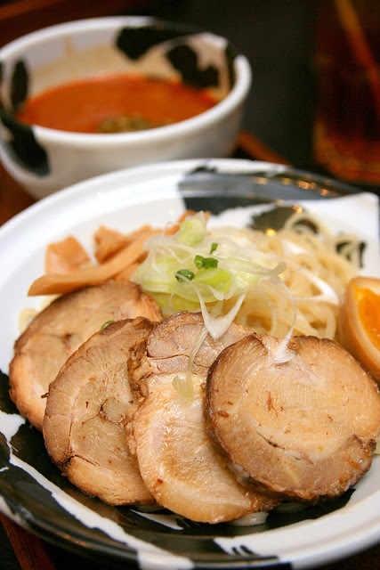 Single portion tsukemen with red broth