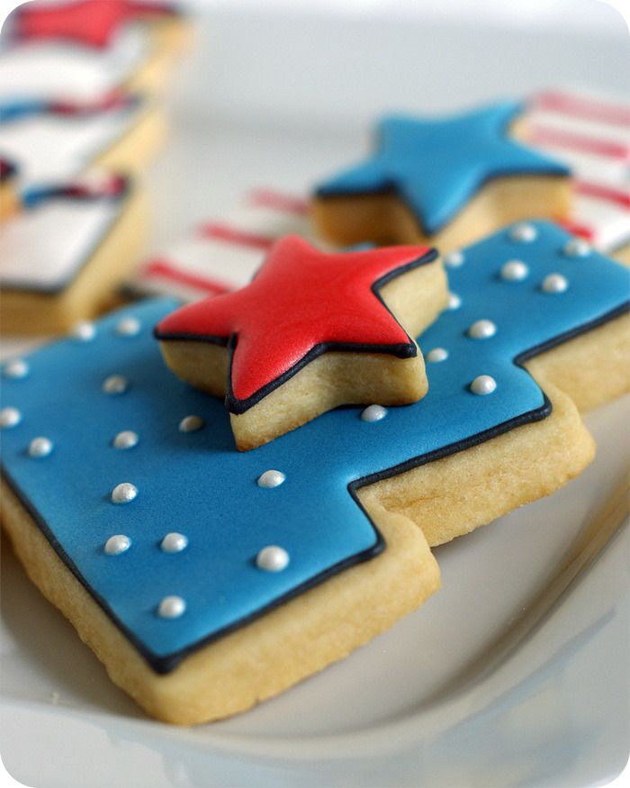 double-decker 4th of july cake decorated cookies