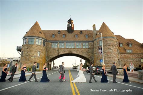 A Gorgeous Autumn Wedding in South County: Narragansett