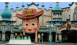 Tokyo Disney Sea Toy Story Mania - New Videos !