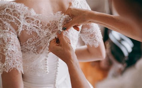 4 Singapore wedding dress alteration services to check out