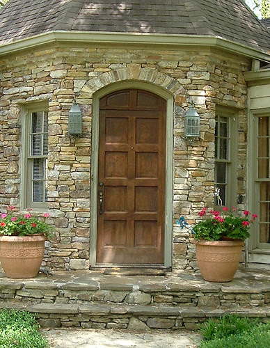 DSCF0659-2006-04-10-Front-Door-Pre-Big-Dig-Detail-Detail