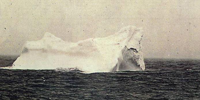 File:Titanic Eisberg.jpg