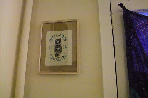 framed minouette print