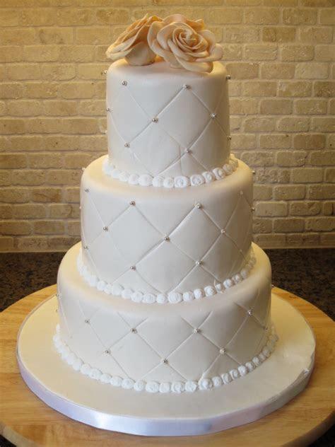 Three Types of Wedding Cakes   All Cake Prices