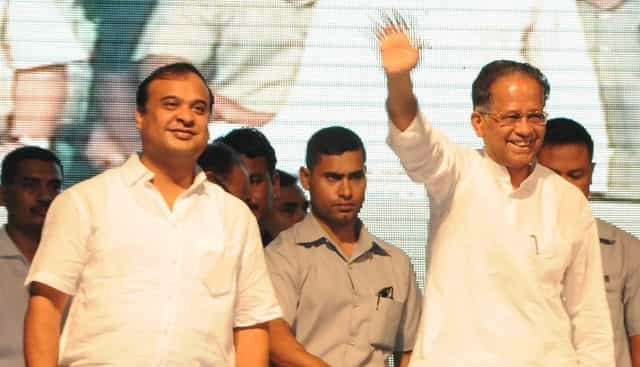 Former Assam chief minister Tarun Gogoi with his protege and state health minister Himanta Biswa Sarma. Image courtesy Twitter handle of @himantabiswa