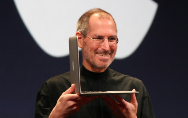 Jobs apresenta o MacBook Air (Foto: Wikicommons)