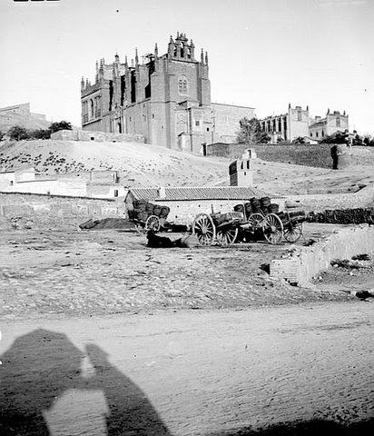 Carros en San Juan de Los Reyes. Foto Petit 1907
