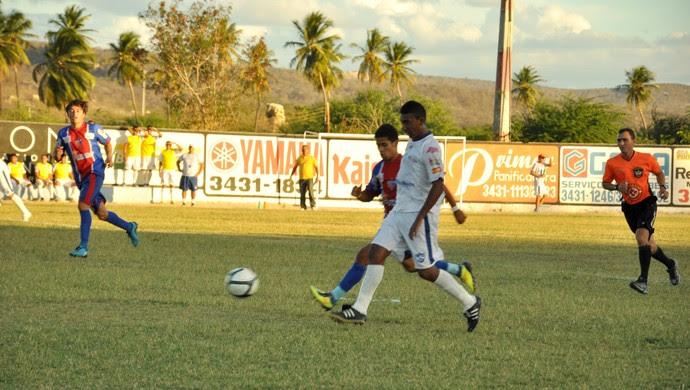 Currais Novos e Potyguar decidiram neste sábado a segunda divisão do RN (Foto: Alberanir Gomes/Divulgação)