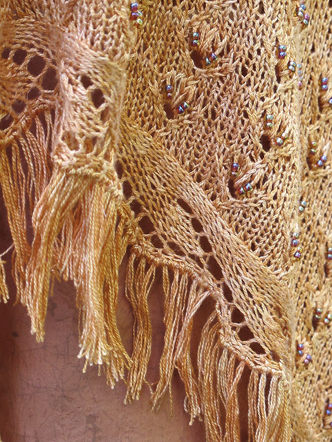 Extendo Shawl- Laceweight, Large with Beads