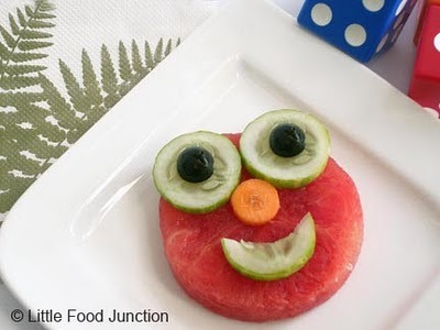 found via One Pretty Thing Little Food Junction: Elmo Fruitoon
