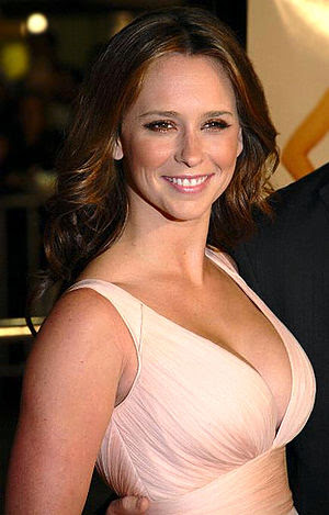 Actress Jennifer Love Hewitt at the premiere o...