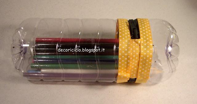 porta-matite bottiglia di plastica 4