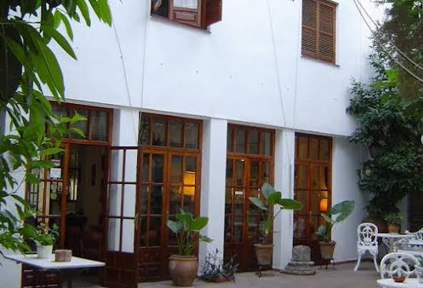 """Hotel """"Albucasis"""""""