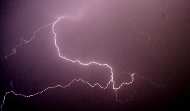 Έκτακτο δελτίο επικίνδυνων καιρικών φαινομένων - Καταιγίδες, χαλάζι και ισχυροί άνεμοι