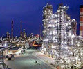 Isfahan oil refinery 02.jpg