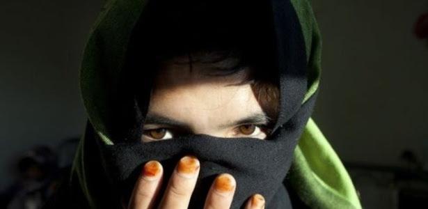 Bas Gul é outra garota que fugiu de um casamento forçado