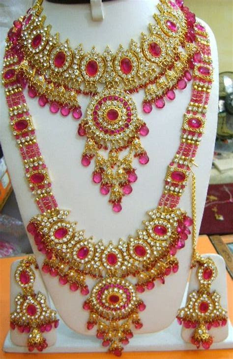 Bridal Gold Jewellery Designs With Price in Pakistan 2018