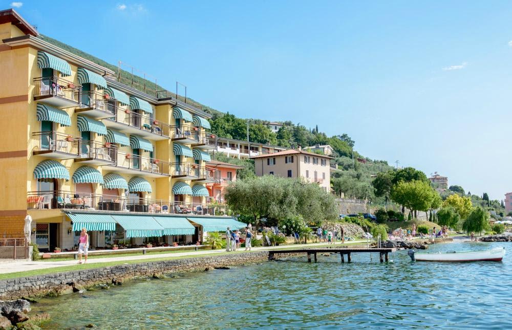 Lake Garda Hotel Offers Gale Ackson