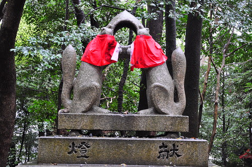 Two Kitsune (Foxes) Connected to Eachother, Fushimi Inari-taisha by brycewgarner