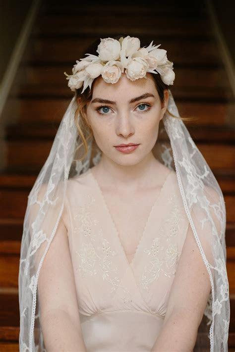 romantic bridal flower crown veil chic vintage brides
