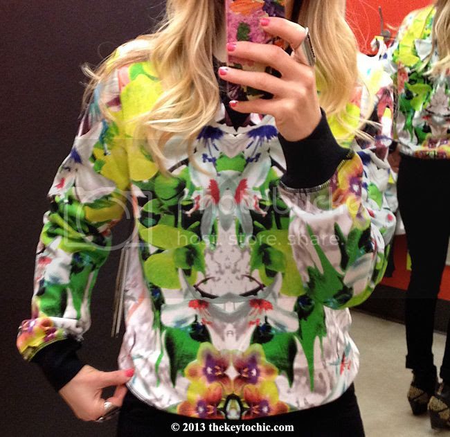 Prabal Gurung for Target sweatshirt in first date print, Prabal Gurung for Target fitting room review