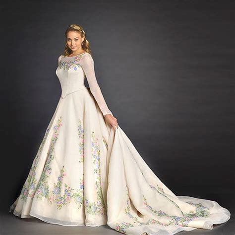 Disney Princess Weddings IRL: 14 Cinderella Inspired Ideas