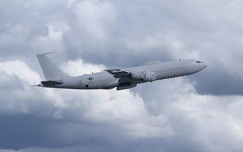 File:E-6B TACAMO Climb.jpg