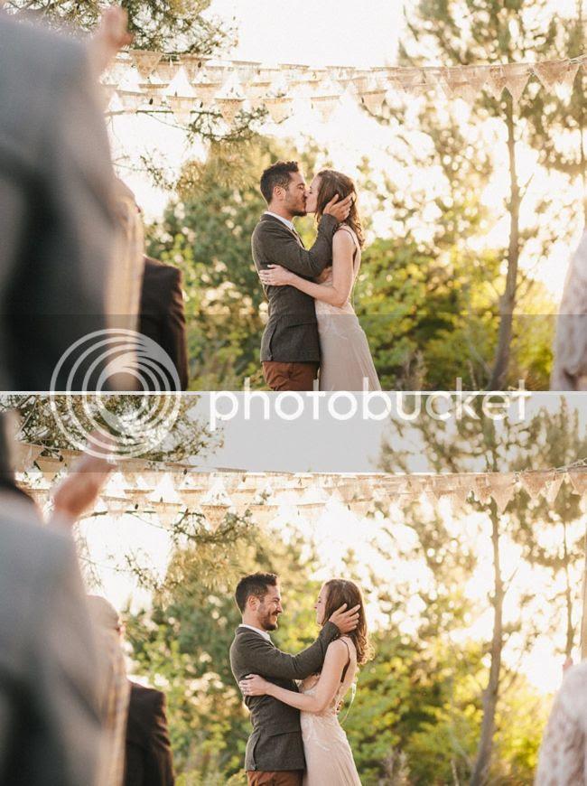http://i892.photobucket.com/albums/ac125/lovemademedoit/welovepictures%20blog/CC_OldMacDaddy_Elgin_Wedding__079.jpg?t=1355209254