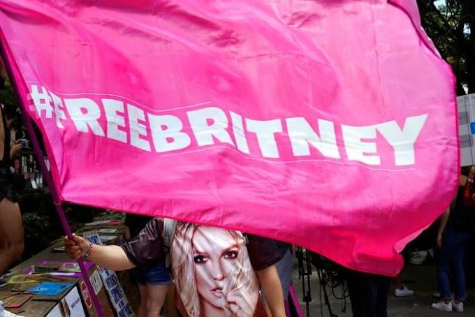 Britney Spears - The Free Britney Anthem (KnowleDJ Remix)