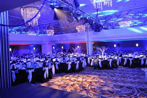 Event decor specialists. Themed events, award ceremonies