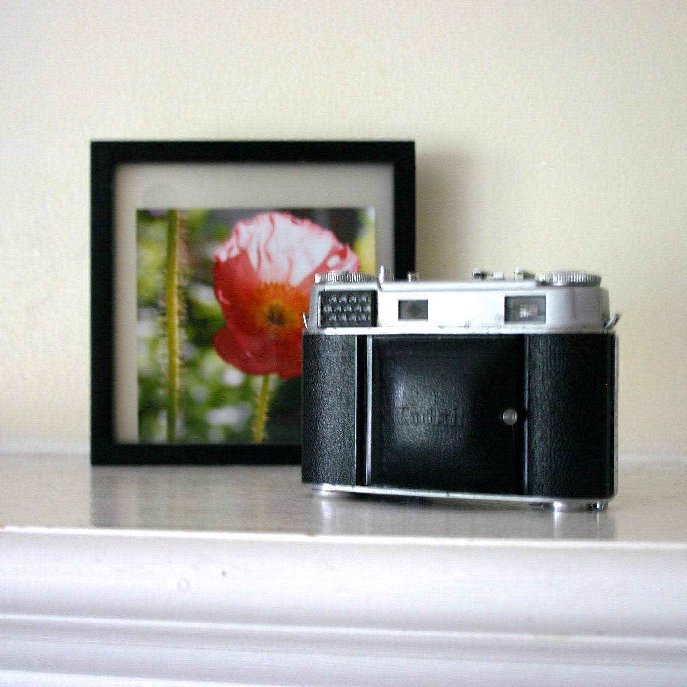 Vintage Retna III c camera black silver and awesome