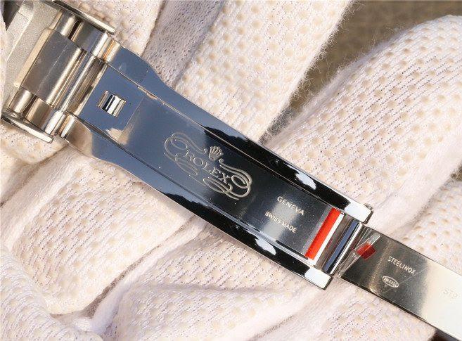 Rolex D-Green Clasp