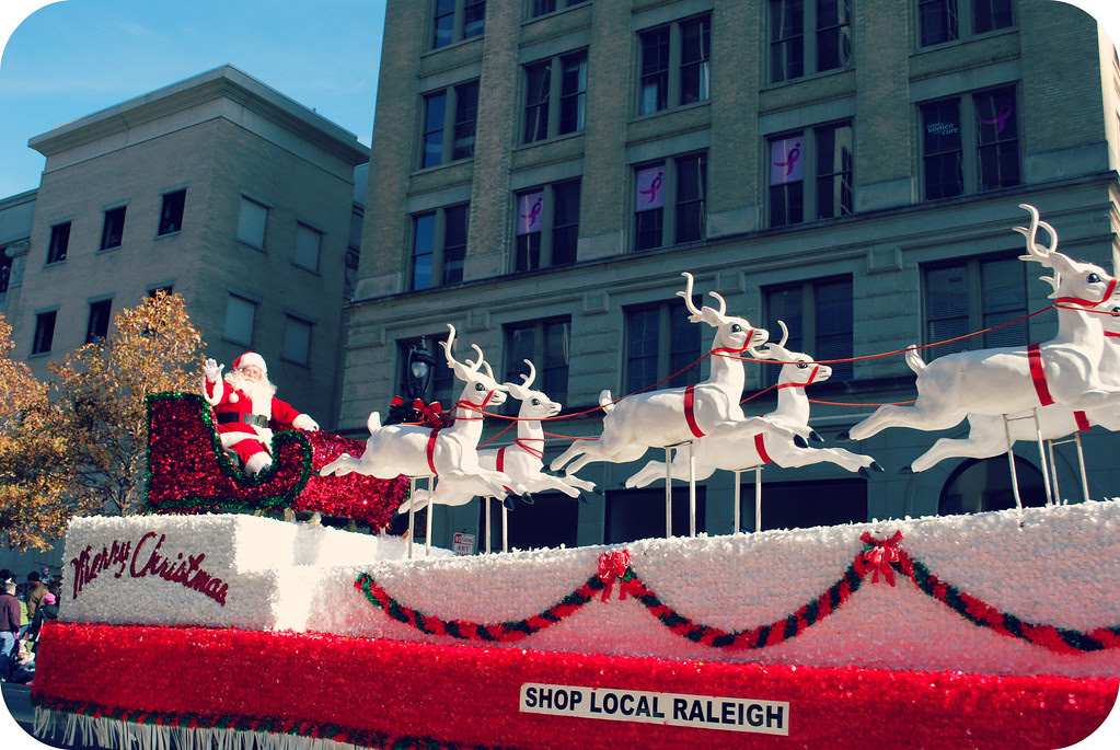 holidayparade2012_13