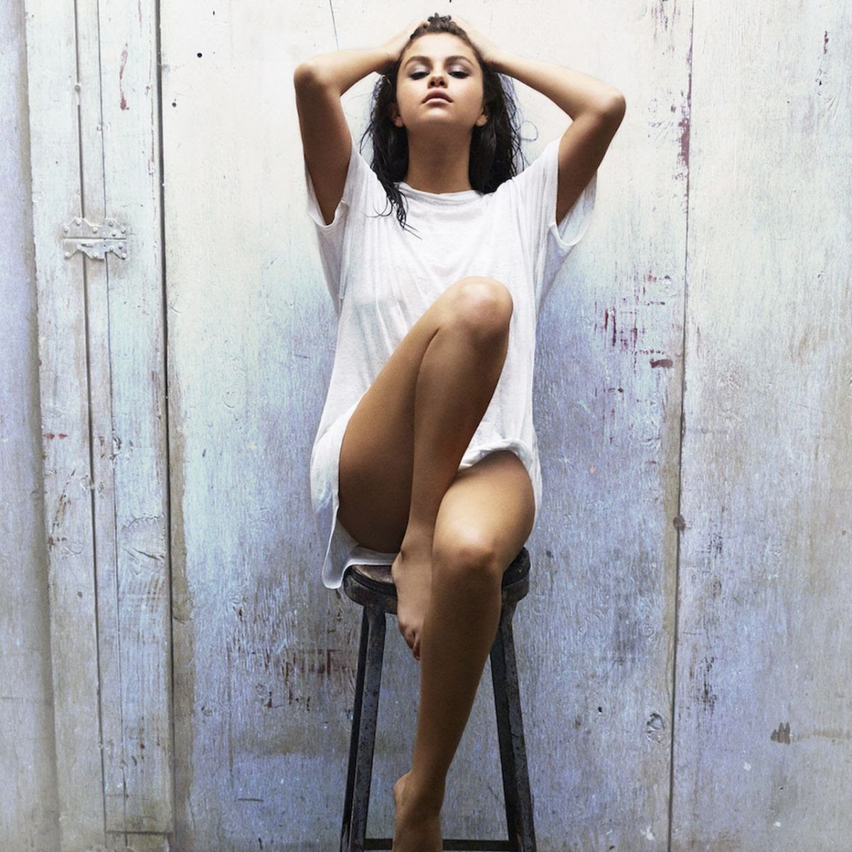 SELENA GOMEZ - Good for You Photoshoot