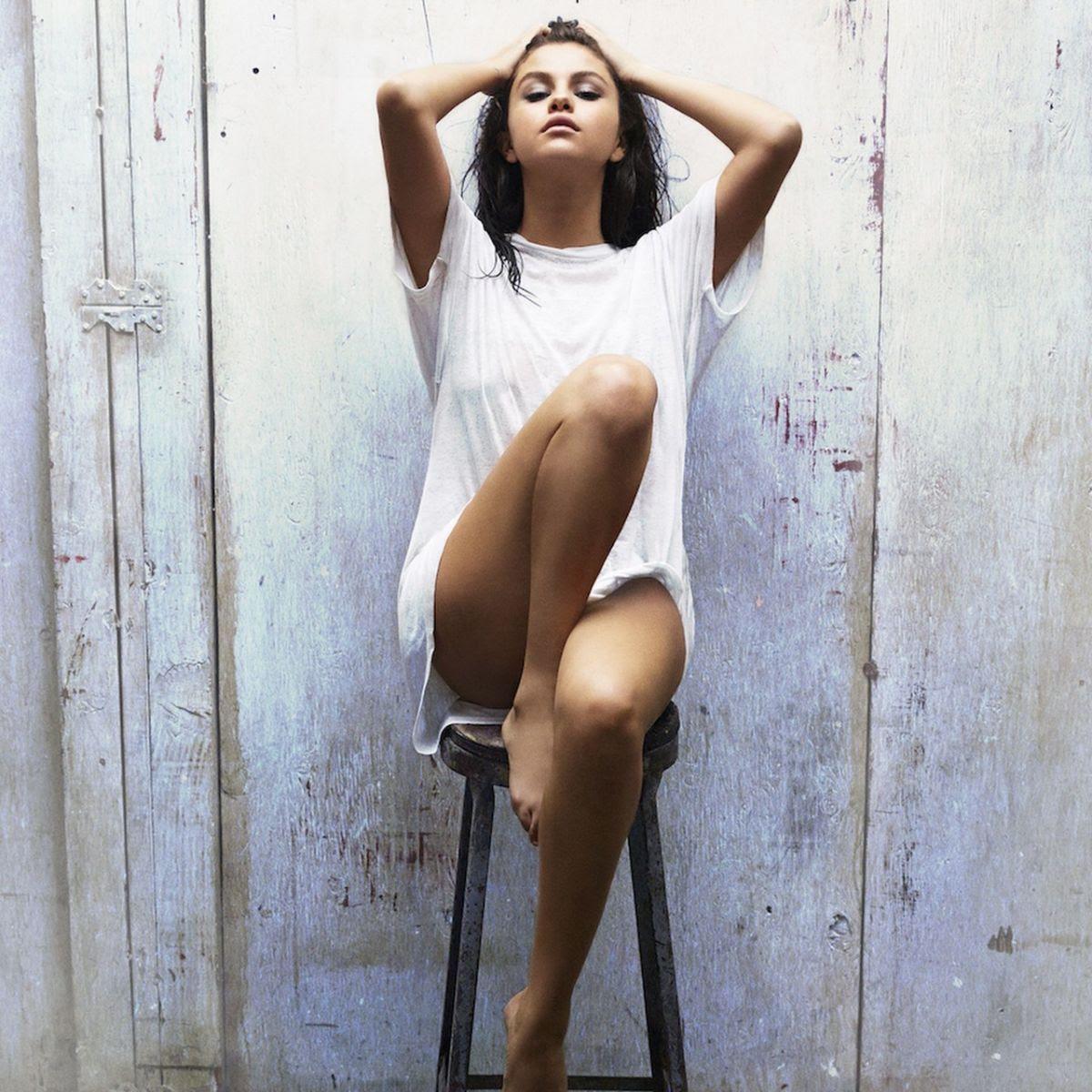 SELENA GOMEZ - Good for You Photoshoot