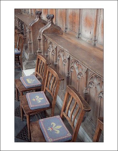 empty chairs by hans van egdom