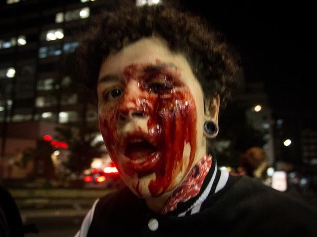 Deborah Fabri foi ferida no olho esquerdo durante ato contra o governo Temer em São Paulo (Foto: Mel Coelho /Mamana Foto Coletivo)