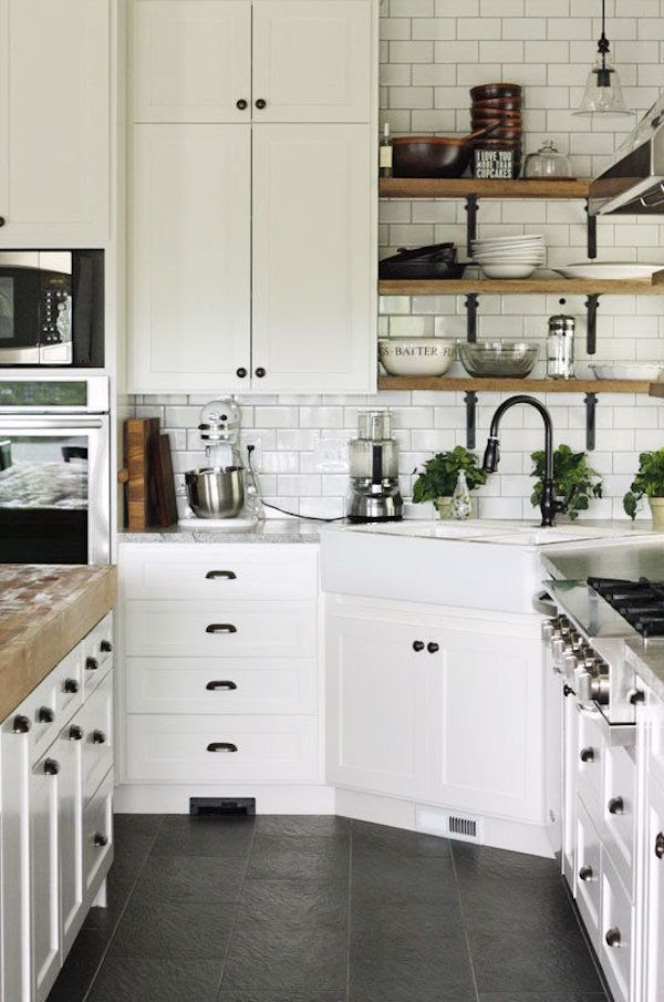 Awesome Decor: Open Shelves in the Kitchen