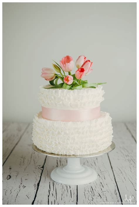 Lincoln Nebraska Wedding Cakes S?more Cake Spring Fondant
