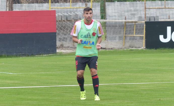 Mugni Flamengo (Foto: Fred Gomes / GloboEsporte.com)