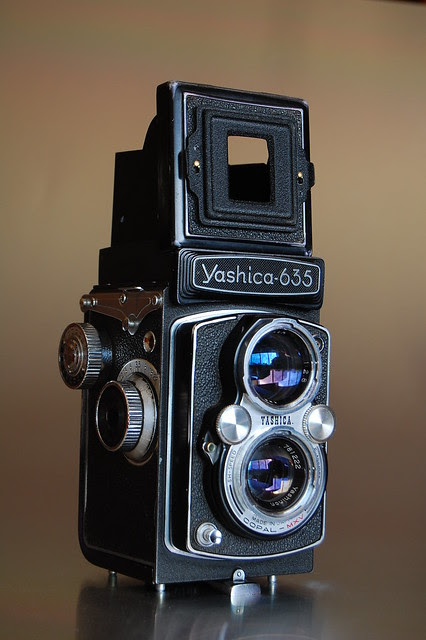 Yashica 635 with sport finder mask 35mm